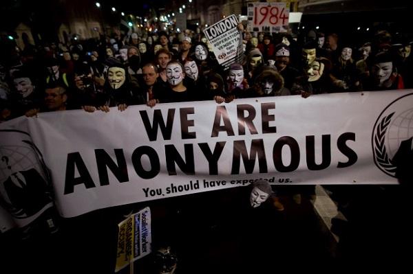 anonymous là gì và anonymous là anh hùng hay là tội phạm?