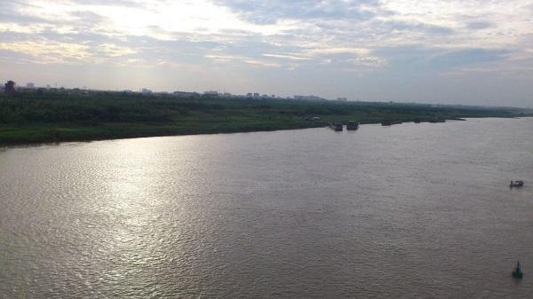 phân tích bài thơ bên kia sông đuống để thấy được hồi ức của nhà thơ