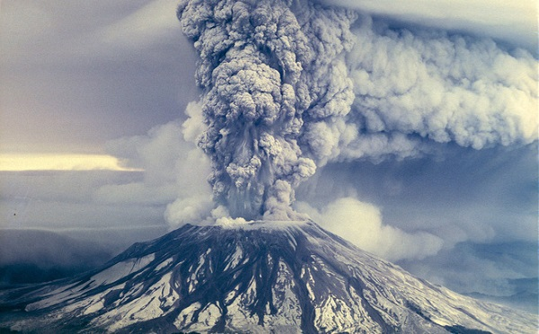 nguyên nhân hình thành và cấu tạo của núi lửa là gì