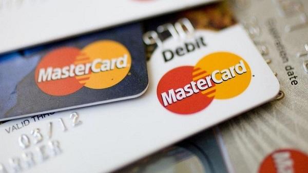 debit card là gì và credit card là gì