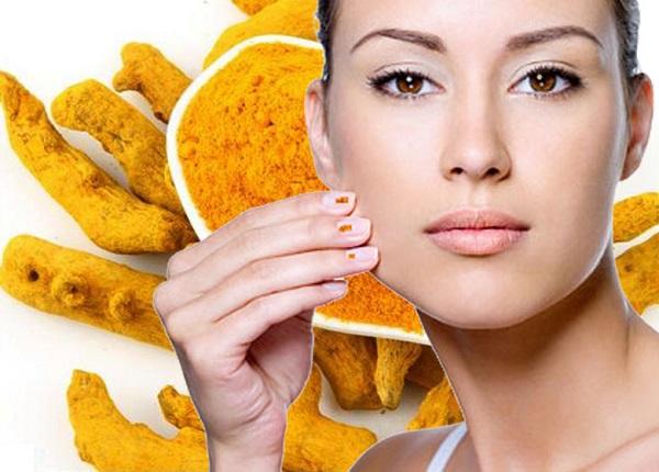 điều trị nám da mặt với tinh bột nghệ và mật ong