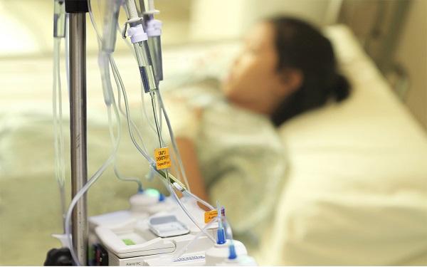 hóa trị là gì và những tác dụng phụ của hóa trị