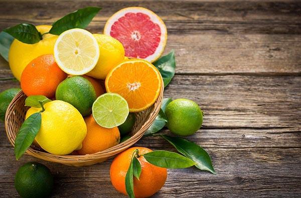những lưu ý khi sử dụng vitamin c là gì