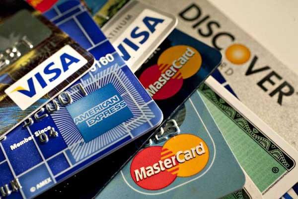 tìm hiểu phí vượt hạn mức tín dụng là gì