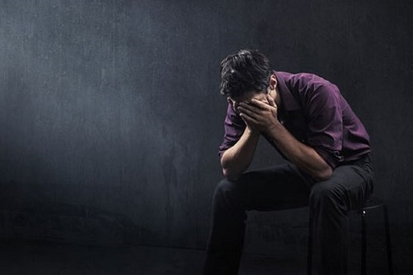 nguyên nhân gây bệnh trầm cảm là gì