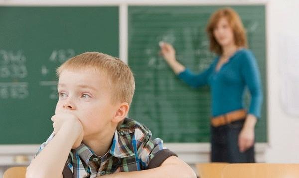 tìm hiểu trẻ tự kỷ là gì