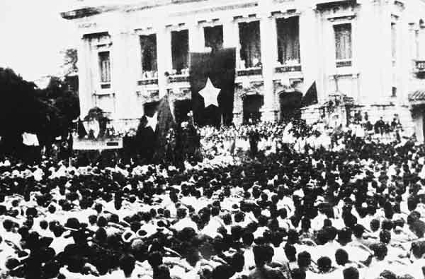 cách mạng dân tộc dân chủ và phương pháp phát huy sức mạnh tổng hợp