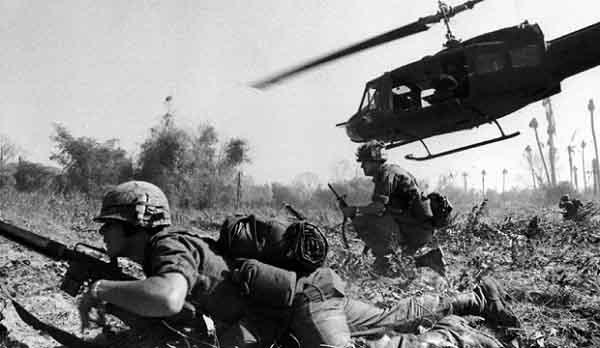 hoàn cảnh âm mưu và diễn biến chiến tranh đơn phương