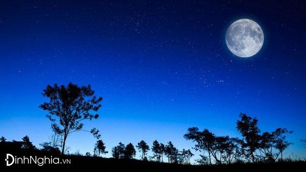 tìm hiểu và phân tích bài thơ ánh trăng trong quá khứ