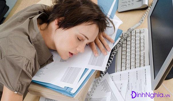 triệu chứng của suy nhược cơ thể là gì