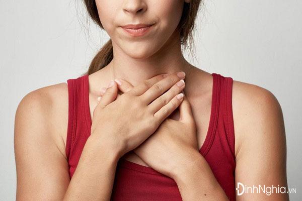 nguyên nhân gây u tuyến giáp là gì