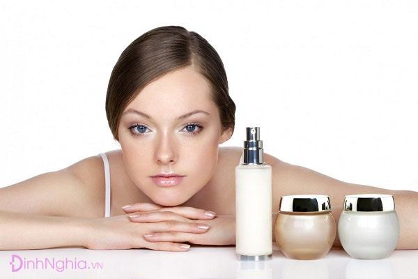hydration là gì và sự khác nhau giữa hydration và moisturizing