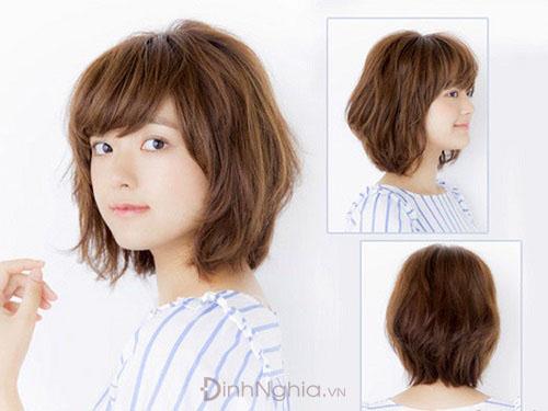 kiểu tóc cho mặt tròn ngắn theo tầng