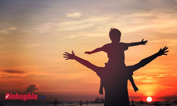 cảm nhận khổ cuối bài nói với con của y phương