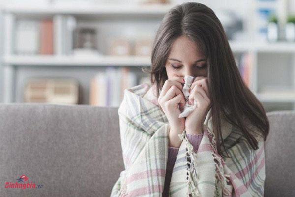 hình ảnh người bệnh khi bị cảm lạnh